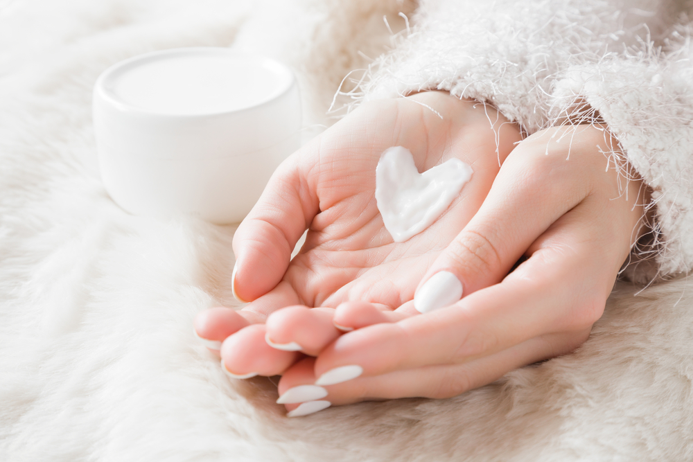 Protect your skin even in winter. Here are five tips on how to do it